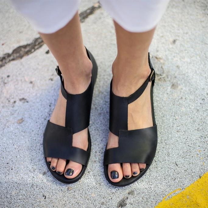 Women Chic Black Artificial Leather Sandals