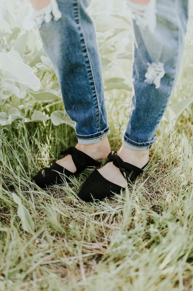 Bow-knot Pointed Toe Elegant Women's Daily Flat Heel Sandals
