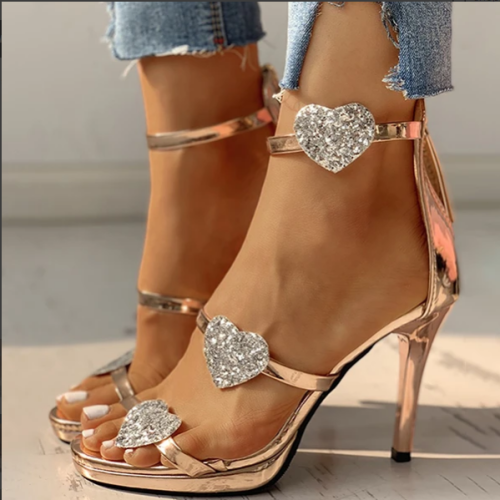 2020 New And Fashional Woman Sandals Sequins strap Heart Pattern Thin Heels