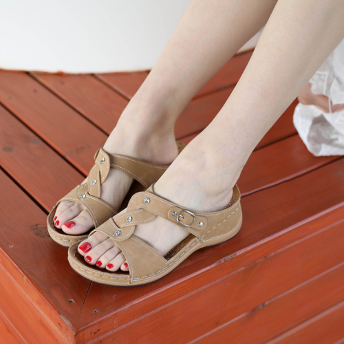 2020 New And Fashional Woman Anti-slip Wedge Sandals