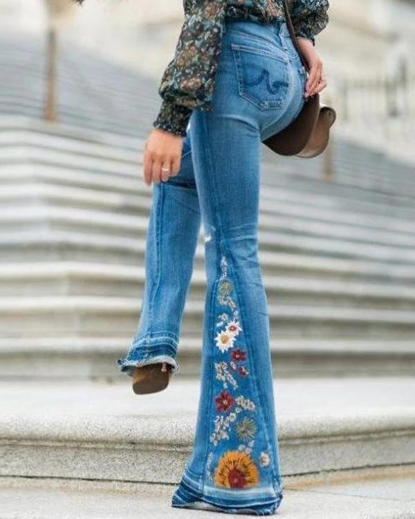 Fashion Embroidered Stretchy Bell-bottoms Jeans