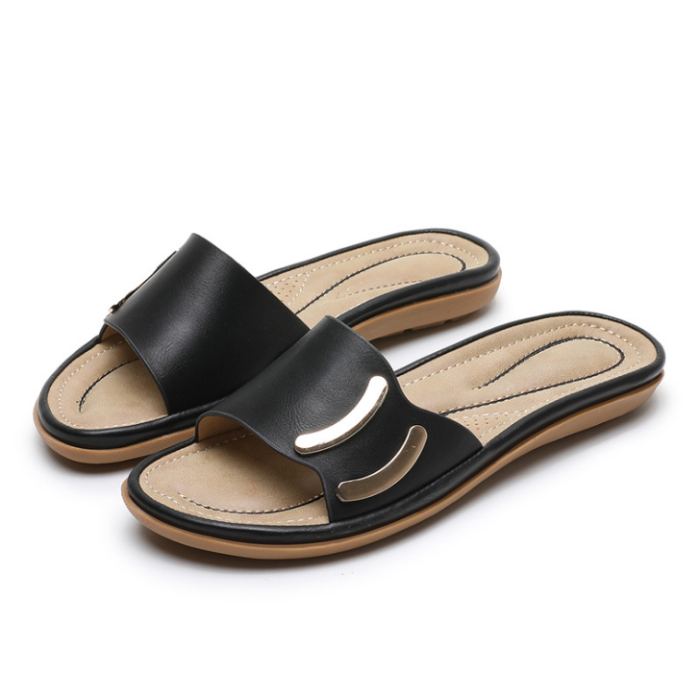 2020 New And Fashional Woman Casual Beach Sandals