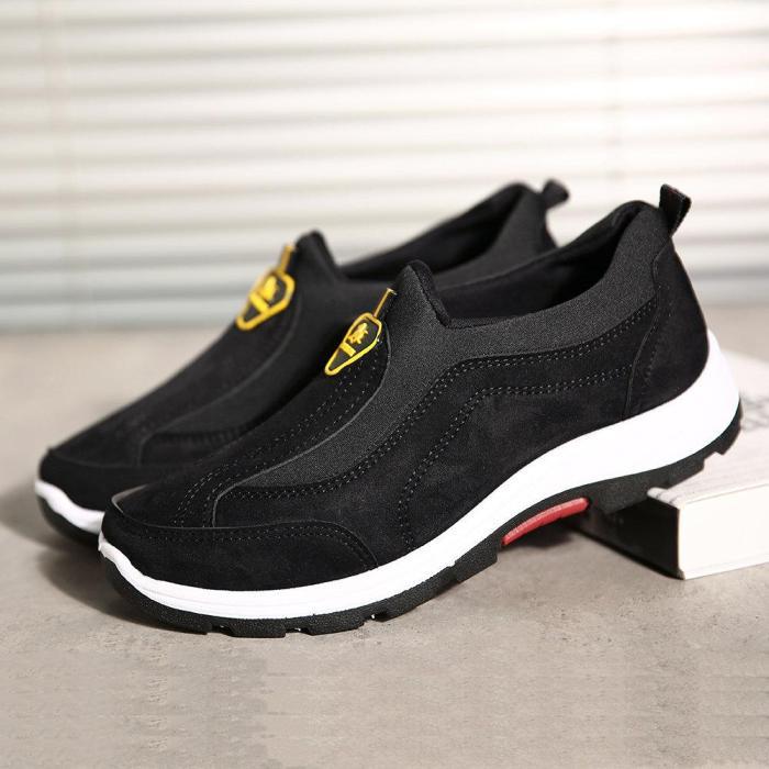 Men Outdoor Slip Resistant Soft Walking Shoes Casual Sneakers