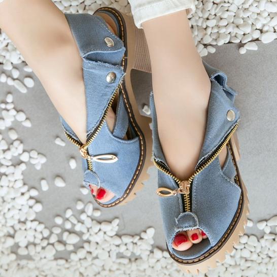 2020 New Fashion Women Summer Genuine Platform Sandals