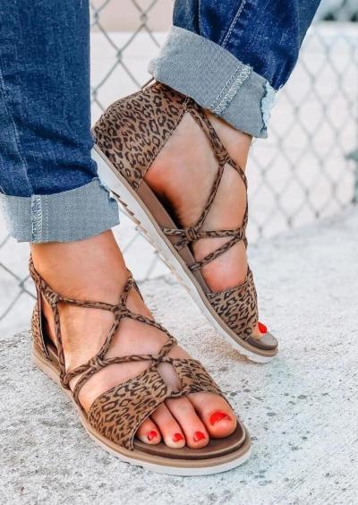 Leopard Printed Criss-Cross Zipper Flat Sandals
