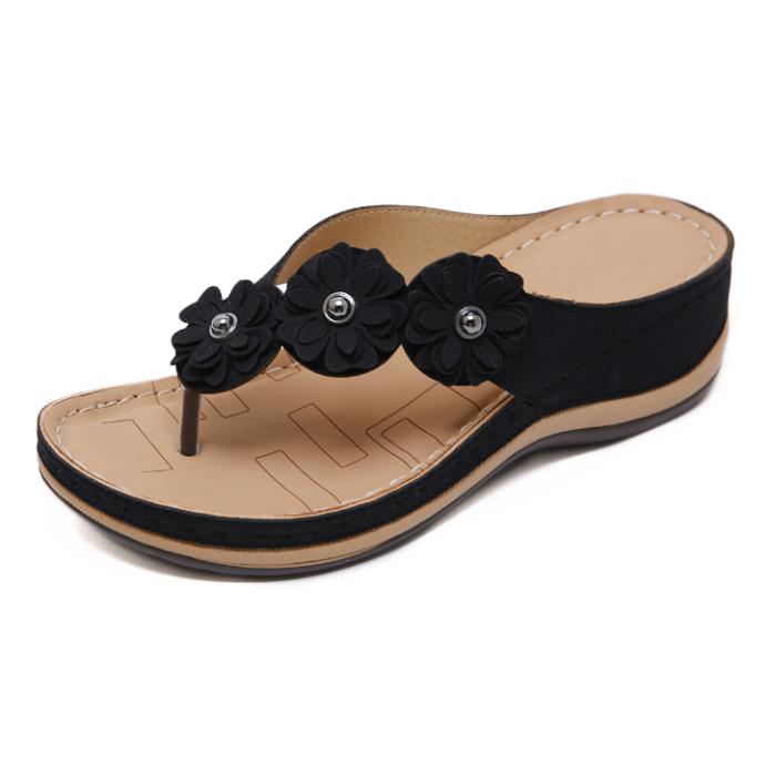 2020 New And Fashional Woman Flower Seaside Anti-slip Sandals