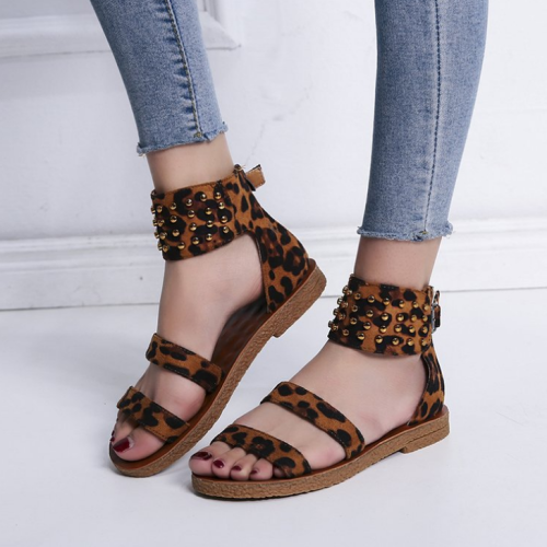 Woman Fashion Leopard Strap Flat Rivet Ankle Beach Sandals