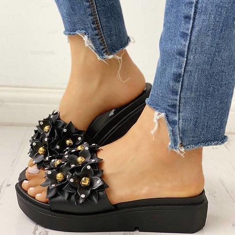 Beaded Flower Embellished Flat Sandals