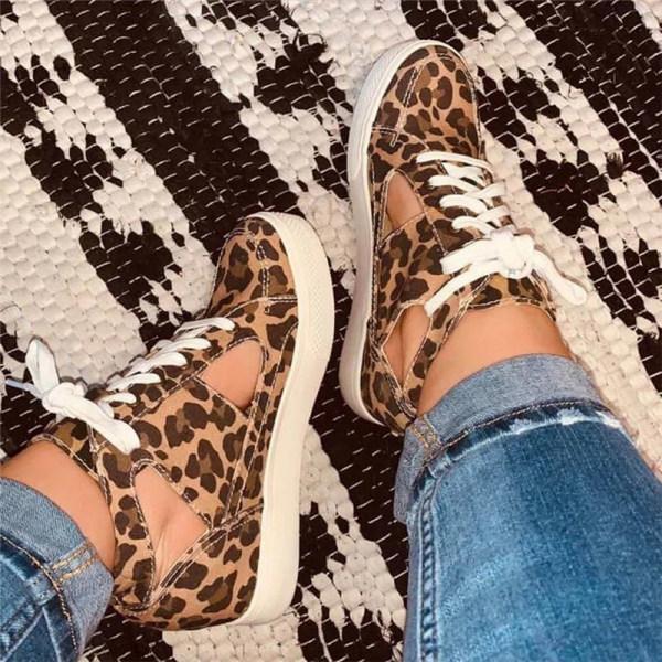 Women's comfortable flat casual shoes
