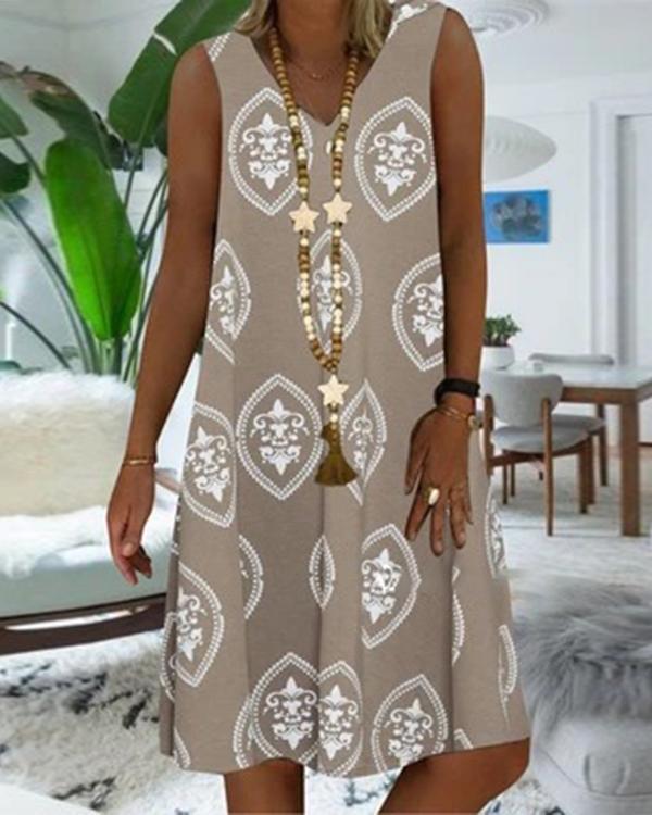 Casual Geometric V-Neckline Knee-Length Shift Dress