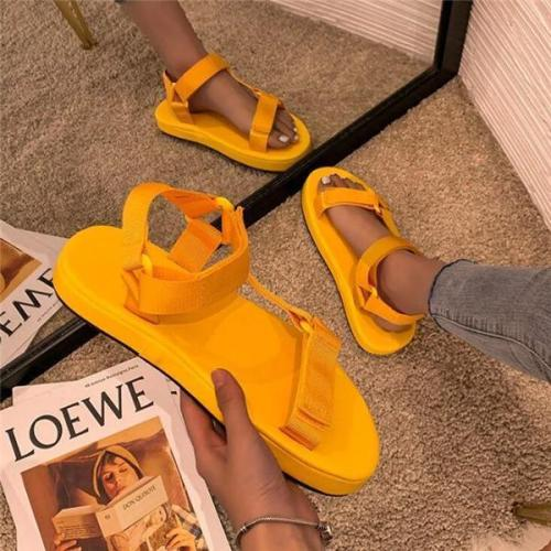 Women Fashion Asymmetric Design Flat Beach Sandals