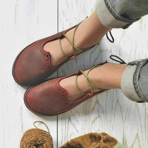 Women Lace Vintage Loafers