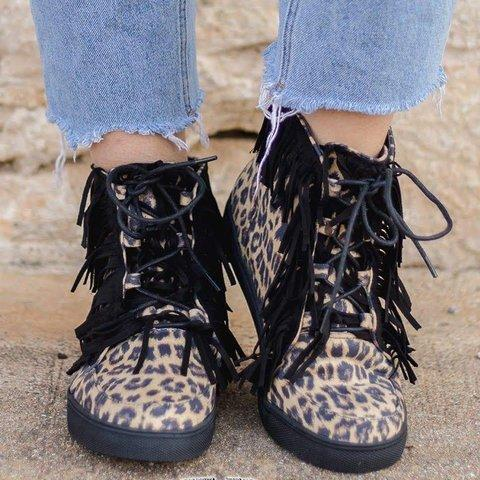 All Season Flat Heel Casual Lace-Up Sneakers