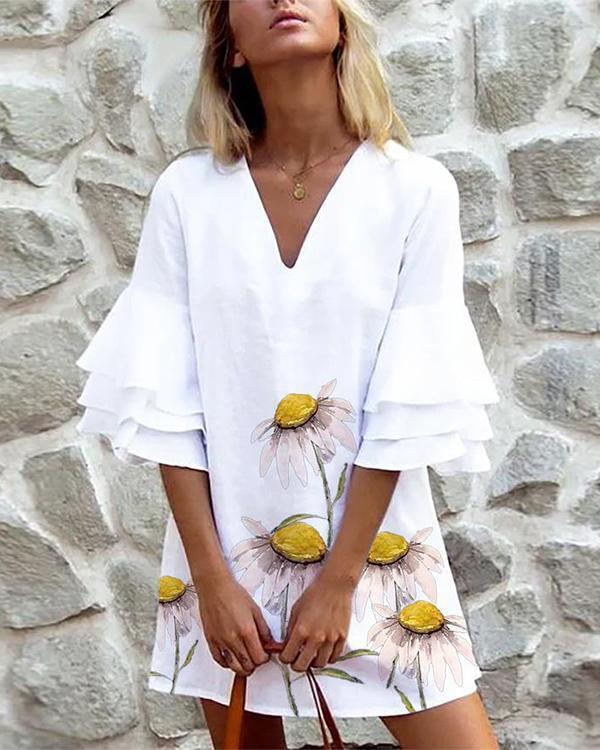 Floral Ruffle Sleeve Straight Dresses