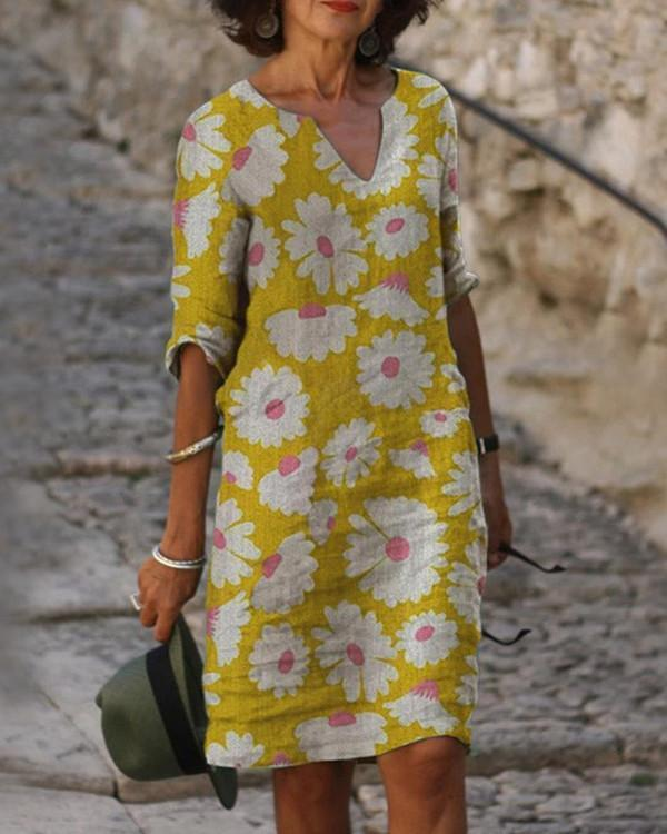 Vintage Floral Print V-neck Half Sleeves Midi Dress