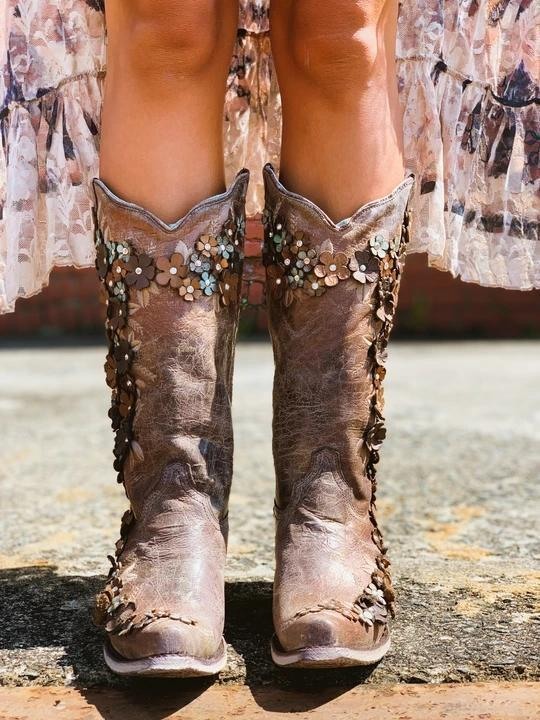 Vintage Crystals Flower Cowgirl Boots