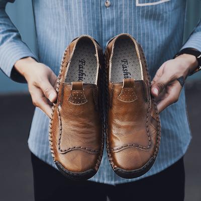 Men's Retro Hand Stitching Leather Non Slip Soft Sole Casual Flats