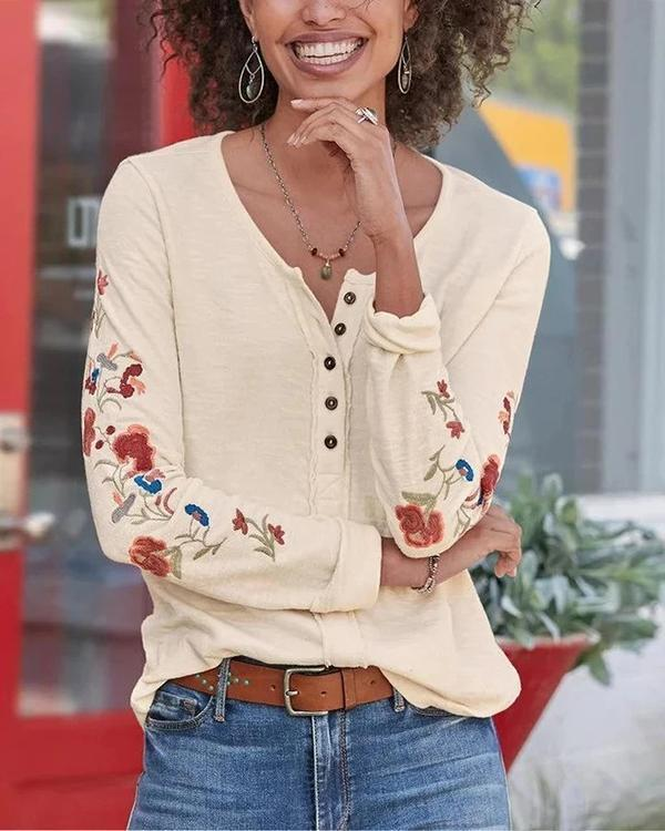 Floral Embroidery Bottoned Paneled Casual Knitted Blouse