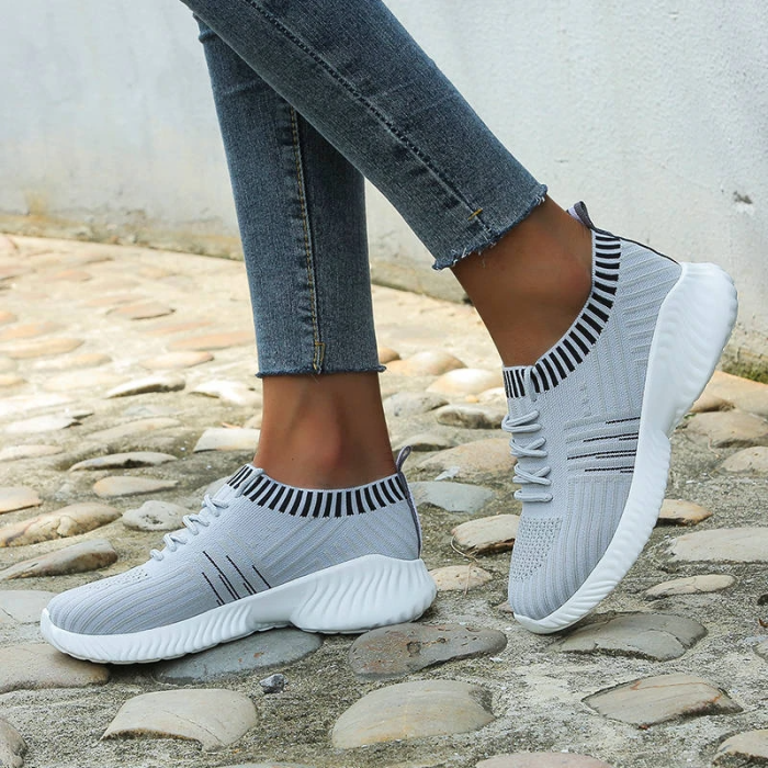 Women Flyknit Fabric Mixed Colors Lace Up Sneakers