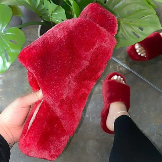 Slip-On Entry Faux Fur Material Camouflage Platform Sandals