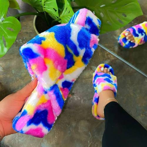 Slip-On Entry Faux Fur Material Camouflage Platform Sandals
