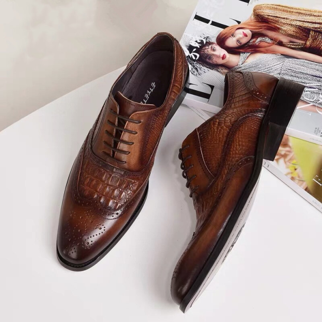 Men Crocodile Embossing PU Leather Non Slip Retro Shoes