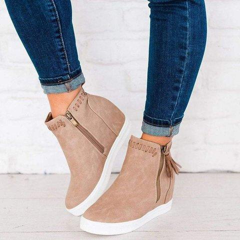 Med Calf Suede Boots
