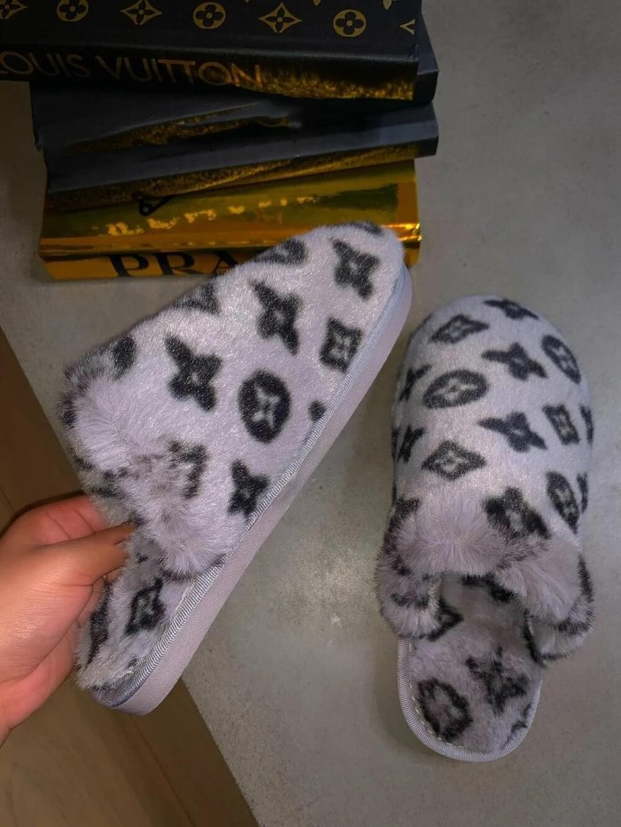 Home Fur Slippers
