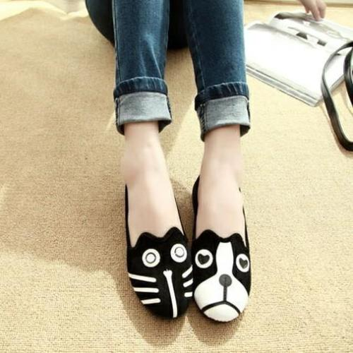 *Women Cat and Dog Pattern Casual Slip On Cute Loafers