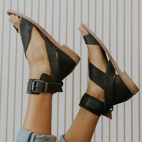 2021 Fashion Flip-flops Flat Heel Buckle Strap Sandals