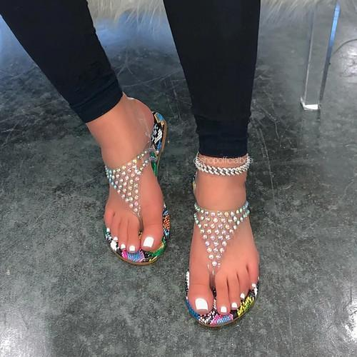 Flat Heel Pearl Sandals