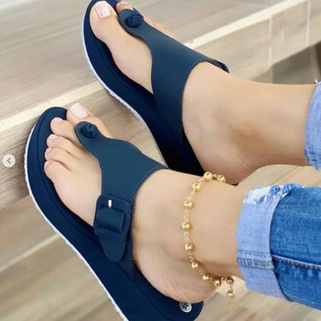 Women's Fashionable Flip Flops Comfortable Soft Slippers