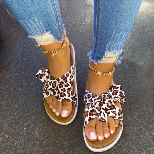 Women Casual Simple Slip On Flat Slippers