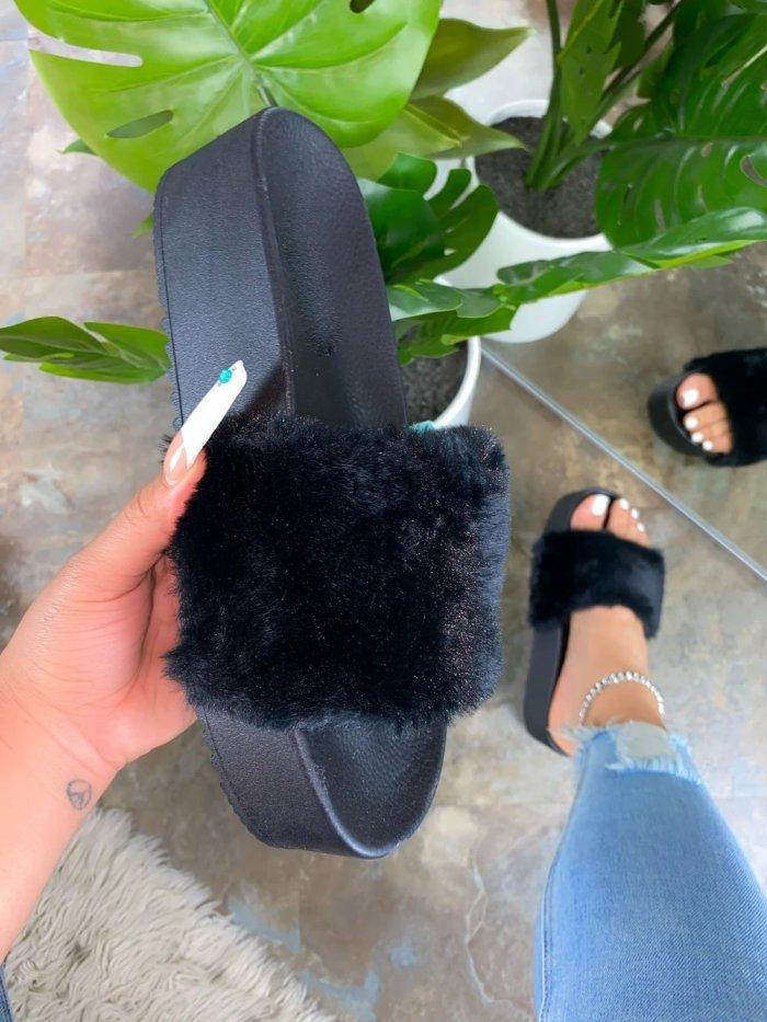 Women Comfy Fluffy Slip On Sandals