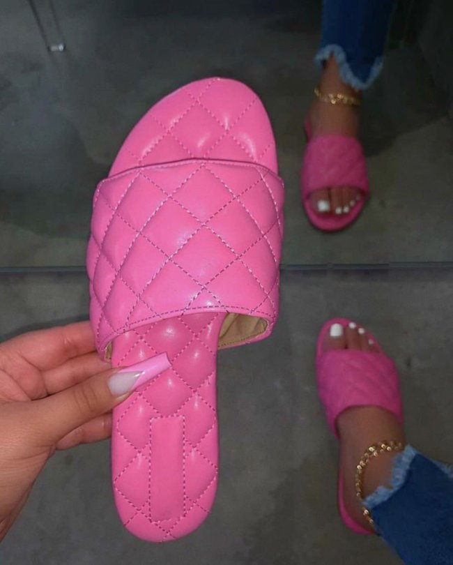 Fashionable Flip Flops Comfortable Soft Slippers