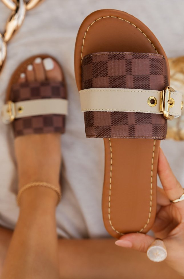 Checkered Pattern Lace-up Front Sandals