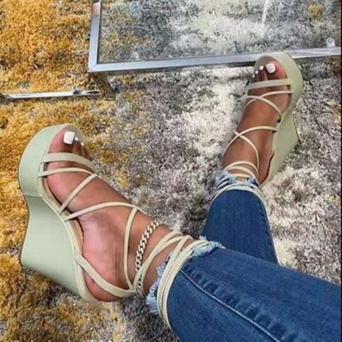 Lacing Peop Toe Wedge Sandals