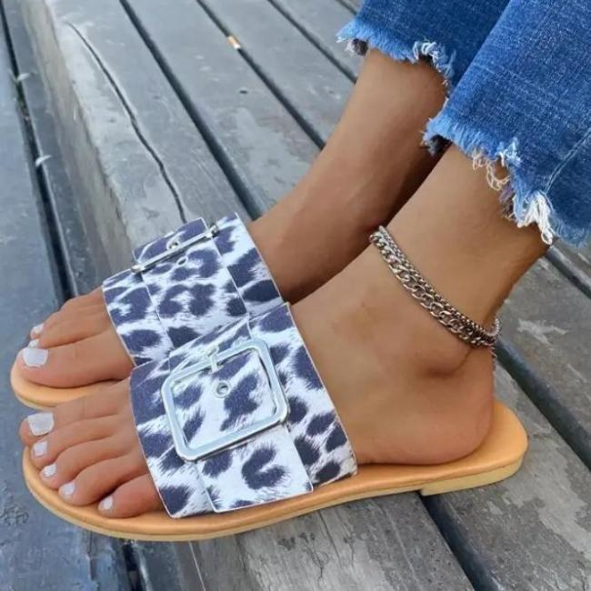 Women's Fashionable And Comfortable Leopard Print Slippers
