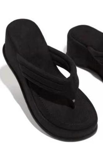 Comfy Sole Flip Flop Sandals