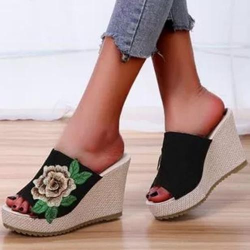 Women's Flower Round Toe Nubuck Wedge Heel Slippers