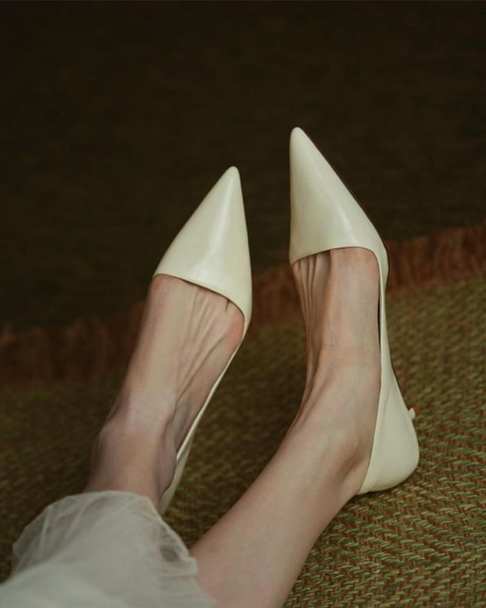 Solid Low Heel Pointed-toe PU Sandals