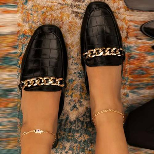 Solid Chains Decoration Slide Mules