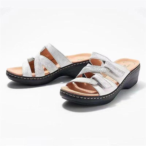 Women's Hollow Velcro Flat Bottom Beach Slippers
