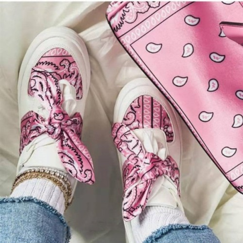 Women's Printed Lace-up Sneakers