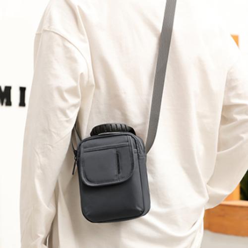 Men's New Mini One Shoulder Messenger Bag Oxford Cloth Casual Small Satchel
