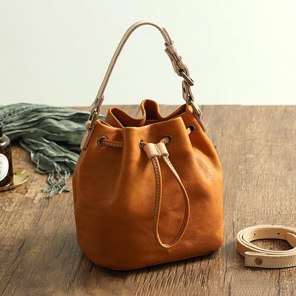 Retro Tassel Handmade Vegetable Tanned Bucket Bag