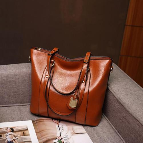 New Portable Diagonal Oil Wax Leather Bag