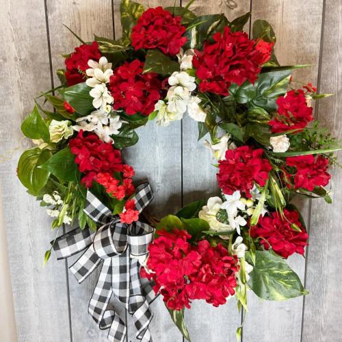 Red geranium summer wreath-The flowerpot door wreath is unique!