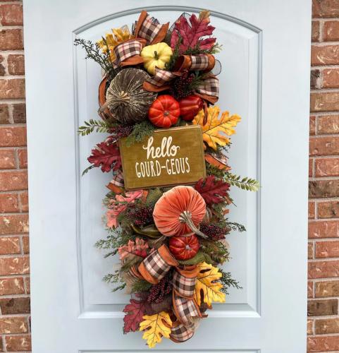 Fall Velvet Pumpkin Wreath