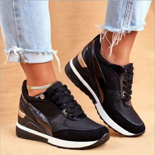 Colorblock Round Toe Low-Top Sneakers